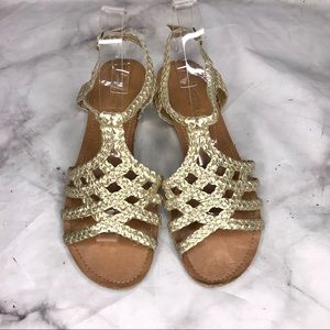💥 Mossimo Supply Co braided sandals gold 8